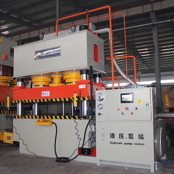 400吨液压机